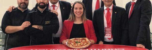 """Alla fiera """"Tutto Pizza"""" di Napoli grande interesse per la nuova gamma di farine e mix per pizza dell'azienda umbra """"Molino sul Clitunno"""""""